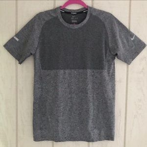 NikeRunning Dri Fit  Gray Short sleeve shirt.